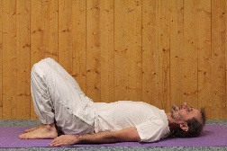 la posture de chakrasana